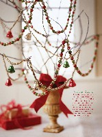 Better Homes And Gardens Christmas Ideas, page 173